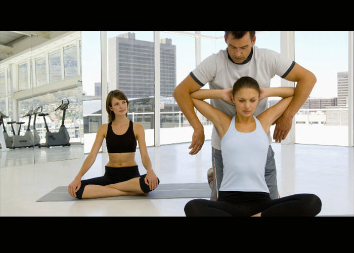 Los ejercicios aumentarán su pecho
