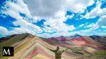 Una montaña arco iris en Perú